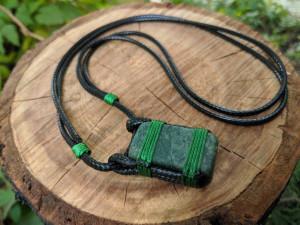 Natural Green Jasper Pendant Necklace Macrame Knot Choker Amulet Adjustable Cord