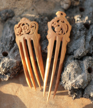 Wood carved pair of wide haircomb, floral hairpins, handcarved hairdo, LARP gift for her, elven elvish fairy, flamenco hair piece accessory