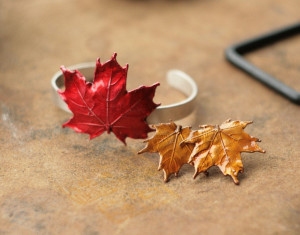 Set of bracelet and earrings, sugar Canadian maple leaf, bright autumn leaves, electroformed jewelry, elven elvish elf, fairy accessory