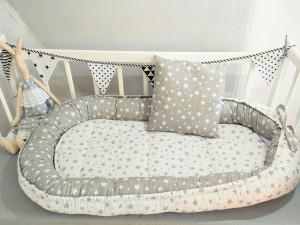 white baby nest - gray stars