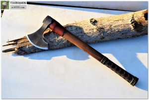 "Viking personalized axe ""Jarl""- the axe of the noble warrior of Vikings like Ragnar. This axe is the stilization of traditional Viking axe."