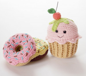 Crochet Cupcake, donut pink , yellow, nursery decor,baby shower gift ,Play Food,Teething Toy,crochet dessert, Birthday gift ,Christmas gift