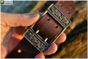 Leather belt with bronze / brass buckle solid brass belt buckle with 1.5 inch leather belt. Original design. Shipping included.