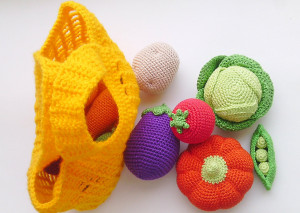 Play Food Set - Crochet vegetables -crocheted fruits -Toy Kitchen -the Waldorf Toys -holiday gifts -Montessori materials - eggplant, carrot