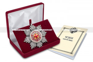 "Imperial russian award ""star of order of st. Anna""  with crystals in case. quality  COPY"