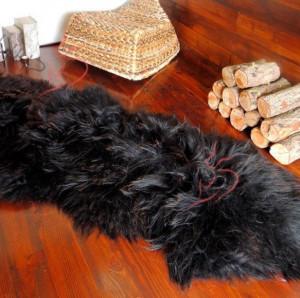 "Genuine sheepskin rug 82"" x 28"" Black Natural Throw Very thick long fur rug Icelandic Genuine leather Pelt Sheep skin decorative rug"