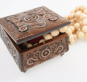 Wooden keepsake box Wooden box carved Wooden jewelry box Handmade Wedding box carving Wood box Wooden crate Wooden chest Wedding gift