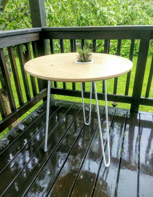 Plywood table, Table with hairpin legs, round table