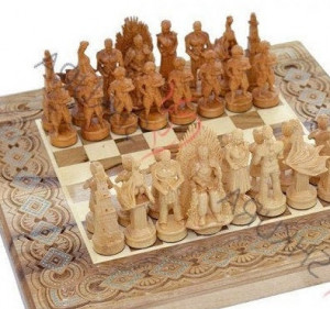 Unique Chess & backgammon game Luxury chess pieces Game of thrones Carved chess set 3 in 1 Engraved Wooden chess board Unique wedding gift