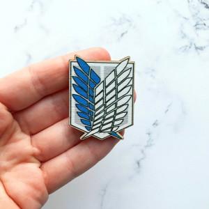 Attack on Titan - Wooden pin / brooch