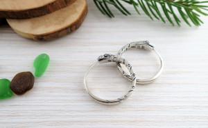 Ouroboros hoop earrings 22 mm