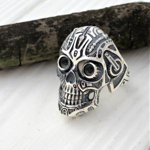 Big skull ring - gift for men - biker's ring