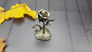 Metal art, forged rose, iron rose,  metal rose sculpture, iron gift, metal sculpture, 6th anniversary gift, gift for her, anniversary gift