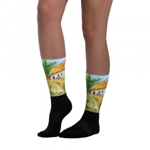 Socks Ukrainian hut. These socks are extra comfortable thanks to their cushioned bottom. The artwork printed along the leg.