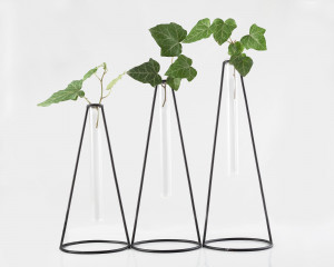 Minimalist metal wire Vase // Nordic style set of three // Scandinavian style wire tube vase holder // Free shipping