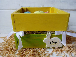 Personalized wooden Easter basket with Hand Painted eggs ornament and bunny Easter décor Wood Easter decoration Spring Easter gift Egg hunt