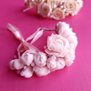 Light pink bridal bracelet