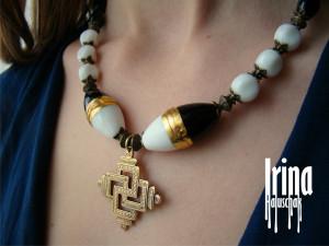 Ukrainian traditional zgarda. Zgarda necklace. Lampwork beads necklace. Black and white glass necklace Ukrainian style. Swarga cross
