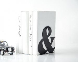One Metal Bookend -&- Ampersand // Functional decor for modern home // perfect housewarming gift for typography lovers // FREE SHIPPING