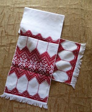 Hand embroidery RUSHNYK RUSHNIK Ukrainian red color towel from Western Ukraine