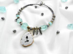 Blue Gray Statement Necklace Large Bib Necklase Large druzy necklace Quartz choker Raw boho choker Bold necklace Gemstone Jewelry Gift