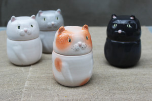Canister Set of 4 Ceramic Cats, Cat Mom Gift, White Black Gray Red Cat Jars, Pottery Bowl With Lid, Kitty Kitchen Storage Containers