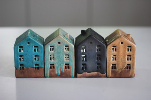 Set of 4 House Ceramic Candleholder, Tiny Small Pottery Handmade Candle Holders, Fireplace Wedding Decor, Housewarming Gift for Couples
