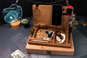 Personalized gifts for men, docking station wood, charging station, tech accessories, desk organizer, watch stand, phone holder for desk