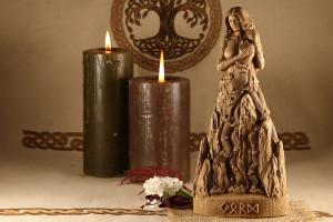 Wicca altar decor mythology art, Norse pagan decor, Wood sculpture Jörð, Mother goddess statue