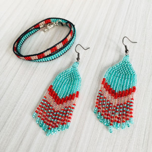 Turquoise Beaded Jewelry Set, native beadwork earrings and bracelet, Mothers Day gift, southwestern jewelry