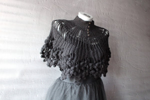 Witch cape Crochet black capelet Goth cape Victorian collar High neck poncho Lace cover up