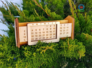 Perpetual calendar, desk calendar, desk organizer, desk accessories, 2020 calendar, mail organizer, family calendar, pen holder for desk