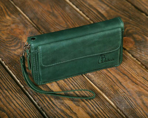 Green leather wallet, Leather Travel Wallet, handmade wallet, leather clutch wallet, MOTHER GIFT, zippered wallet, wristlet wallet