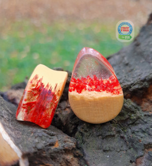 Wood plugs, resin plugs, Teardrop wood resin plugs, wood gauges, 0g plugs, plugs and tunnels, 00 gauges, 00 gauge earrings, ear plugs
