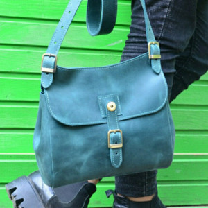 Leather green bag Handmade purse Leather handbag Emerald Shoulder bag Handmade Crossbody bag Women messenger bag Dark Green leather gift