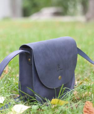 Handmade crossbody purse,genuine leather bag,leather shoulder bag,women's leather bag,round leather bag, Crossbody bag leather,Blue leather