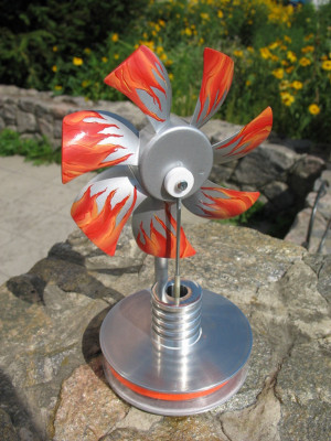 Low-temperature styling with a propeller model DS-mpp, Stirling engine Kit Education, Physics Toys, hot water stirling motor , science toys