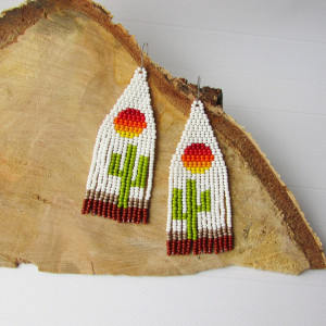 Cactus earrings Sun seed bead earrings Cactus desert canyon Handwoven earrings earrings White earrings Fringe earrings Native style earrings