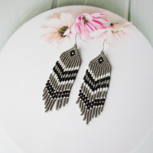 Beadwork earrings Gray black silver earrings Beaded earrings Ethnic earrings American native Seed beads earrings Fringe Boho earrings