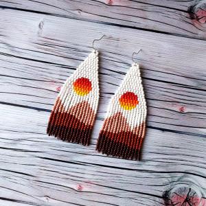 Sun earrings Landscape Sunset earrings Beige earrings White earrings Beadwork earrings Boho earrings Seed Beaded Earrings Fringe earrings