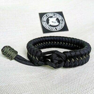 Hunter black bracelet. Unloading camping bangle made of Mad Max paracord, Army style, a great gift for men.